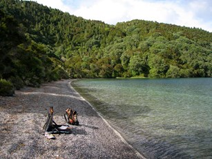 Tarawera River at Lake Outlet 003