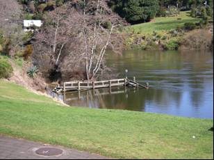 Waikato River @ Wellington Street Beach