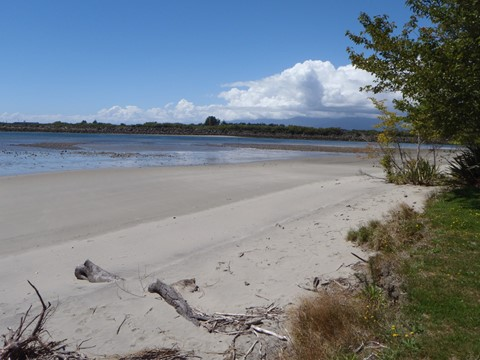 Buller River @ Marrs Beach (1)