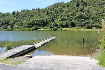 Lake Rotoehu at Otautu Bay (New Main)